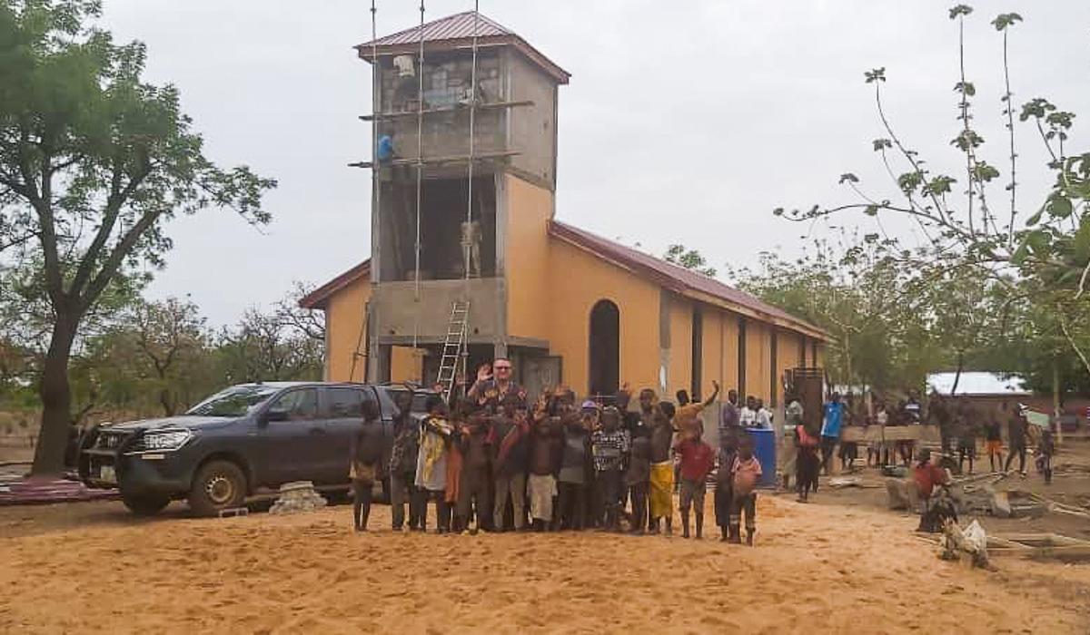 Mboble_Ghana_kaplica_SOM2021-1-2